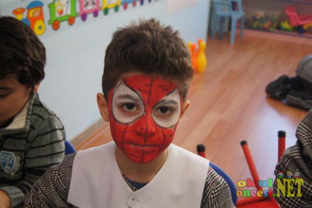 Boyama için birkaç örnek anasınıfı yüz boyamaları yüz boyama