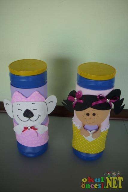 Minik fareli ve kız çocuklu marakas