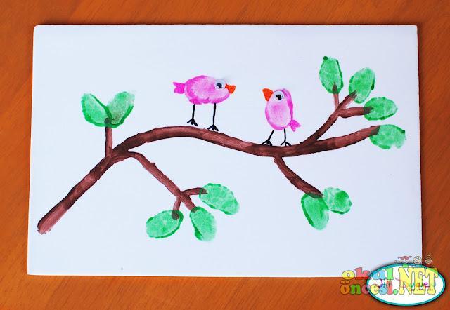 Parmak Baskısı Ile Ağaç Dalında Kuşlar Okul öncesi Okul öncesi