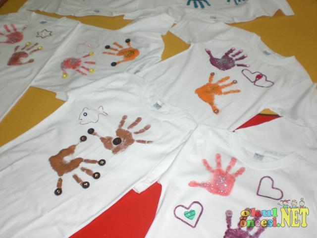 T Shirtlere El Baskisi Okul Oncesi Okul Oncesi Etkinlikleri